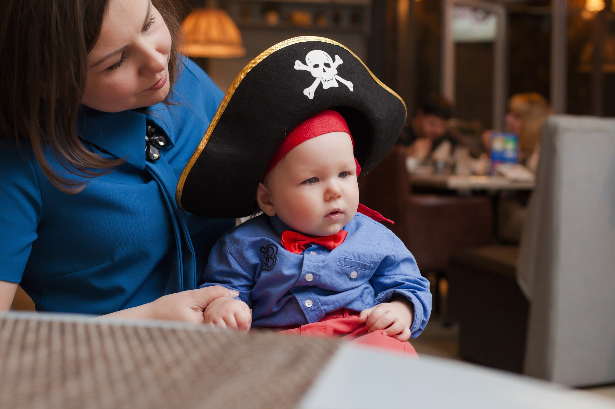 Ahoy There How To Throw An Awesome Nautical Theme Party In